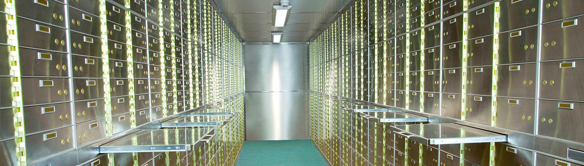 safe deposit boxes safe and vault
